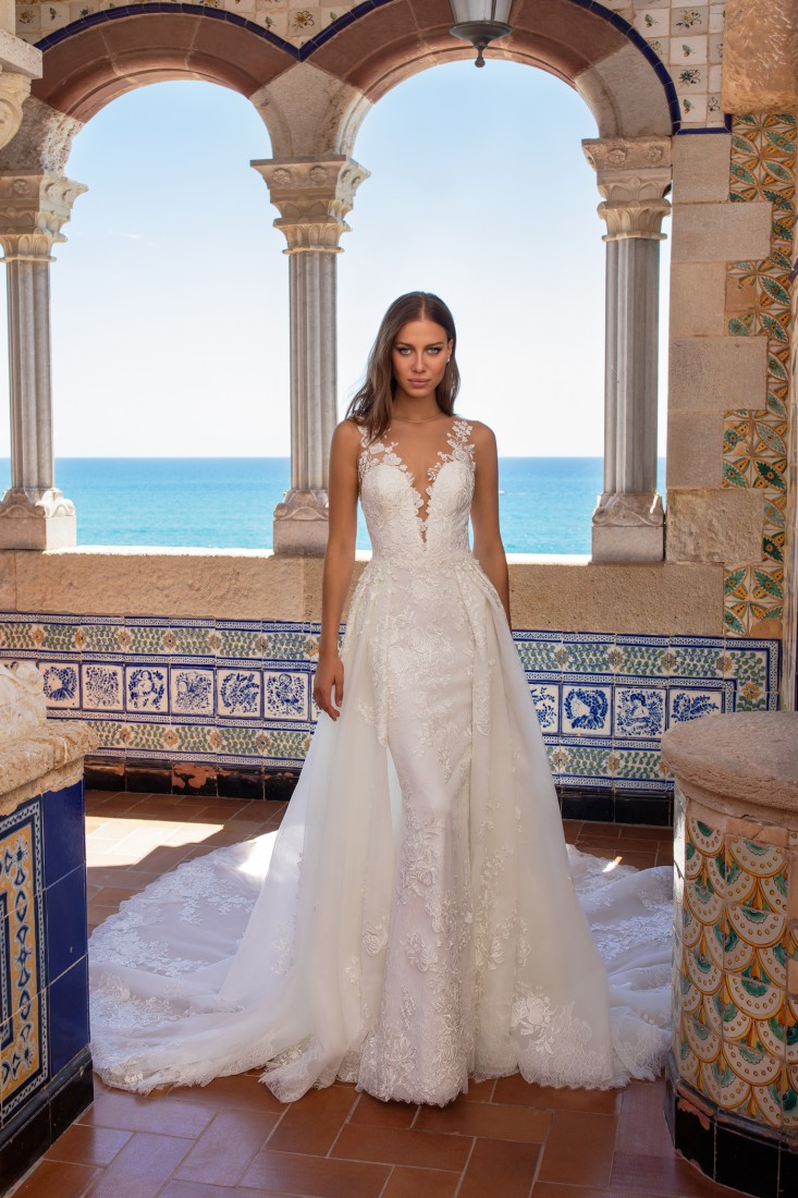 Pronovias and Kleinfeld Reveal 2020 Capsule Collection 6