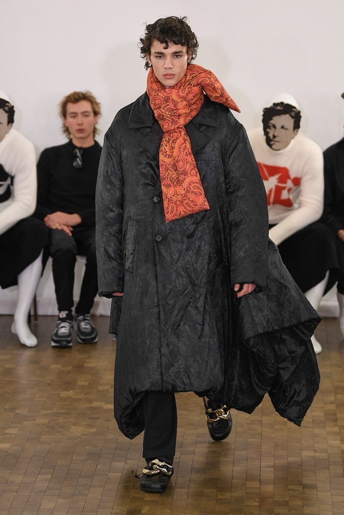 J.W. Anderson PARIS MENS FW2020 photos by IMAXTree 13