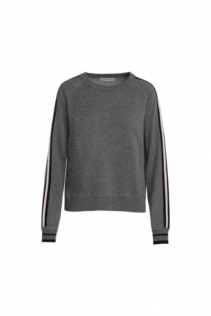 The Cause Collection Wonder Cashmere Top in Grey Front