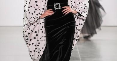 Chiara Boni La Petite Robe NYFW FW2020 photo by IMAXTRee 41