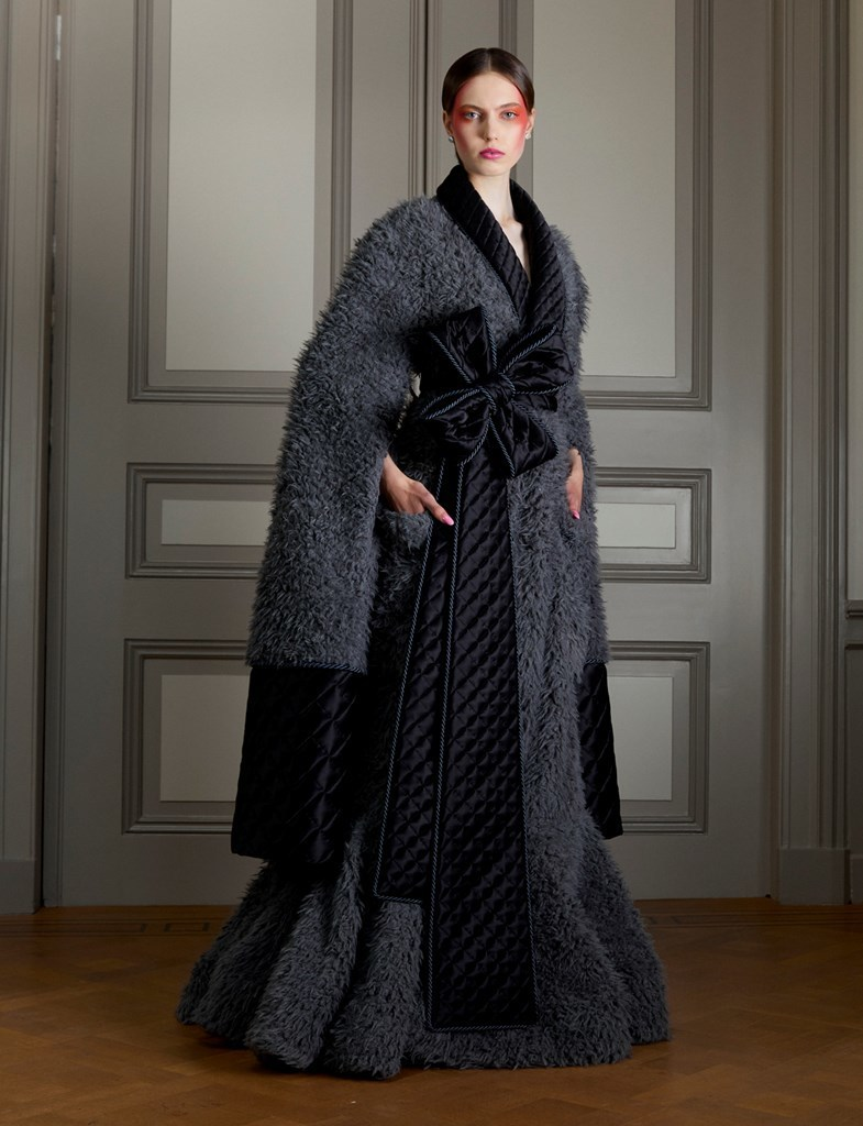 Viktor Rolf ANXIETY FW2020 photo by IMAXtree 2