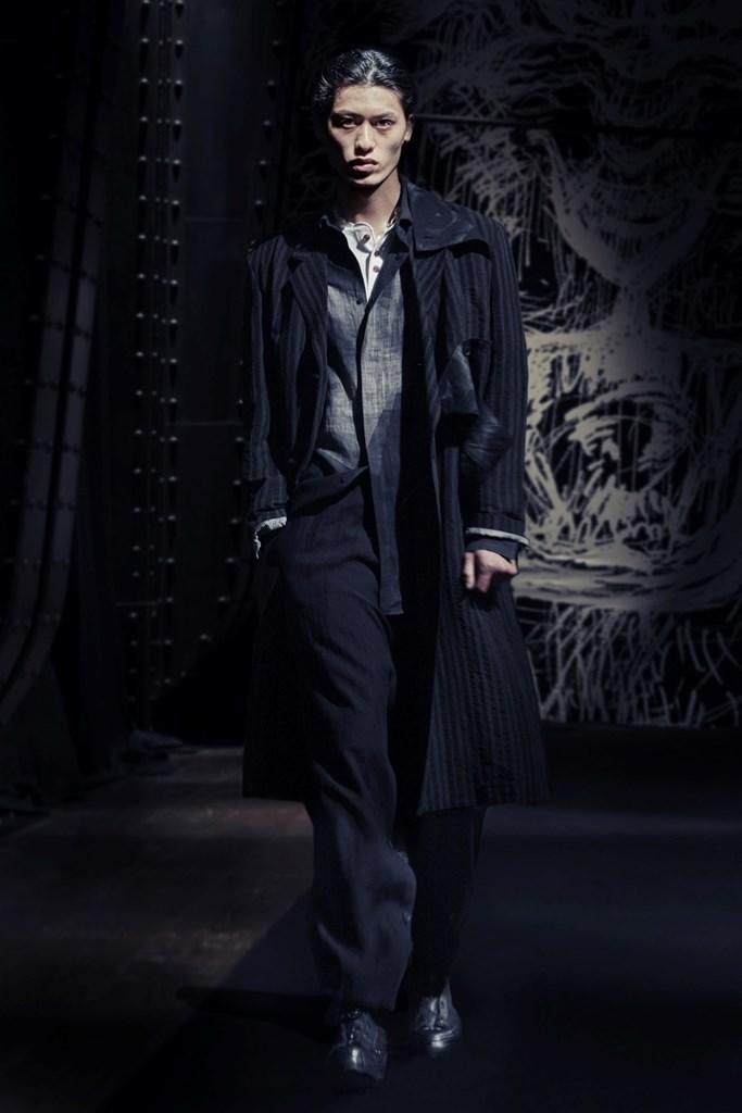 Yohji Yamamoto Paris SS2021 photo by IMAXTree 10