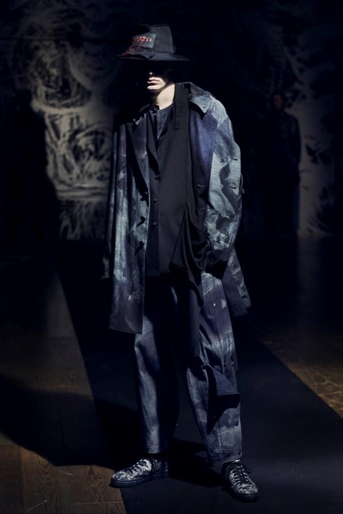 Yohji Yamamoto Paris SS2021 photo by IMAXTree 16