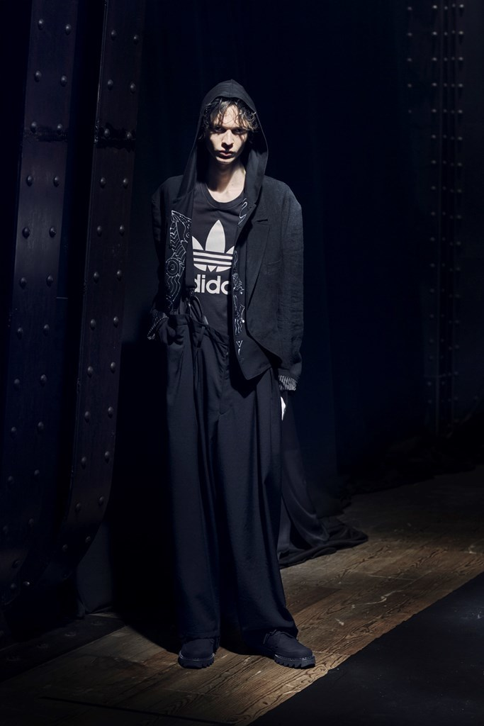 Yohji Yamamoto Paris SS2021 photo by IMAXTree 18