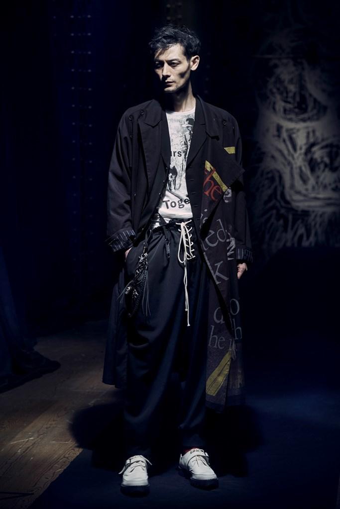 Yohji Yamamoto Paris SS2021 photo by IMAXTree 19