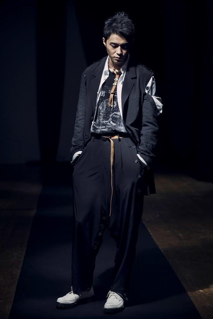 Yohji Yamamoto Paris SS2021 photo by IMAXTree 2
