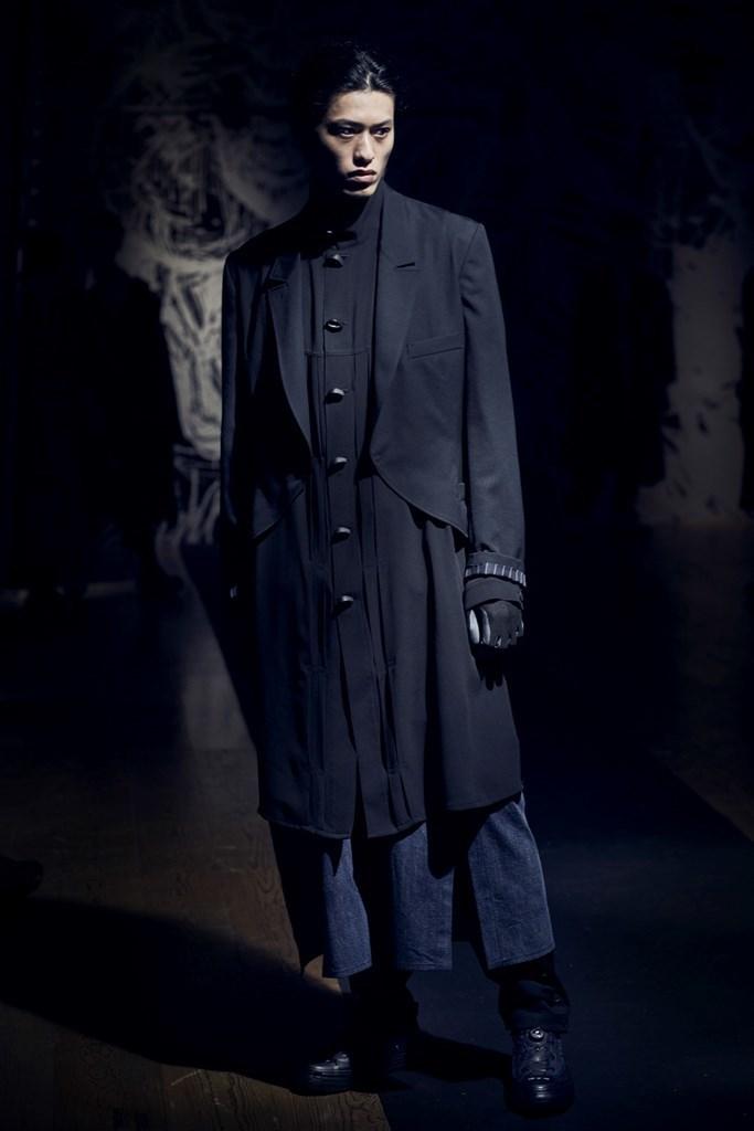 Yohji Yamamoto Paris SS2021 photo by IMAXTree 22
