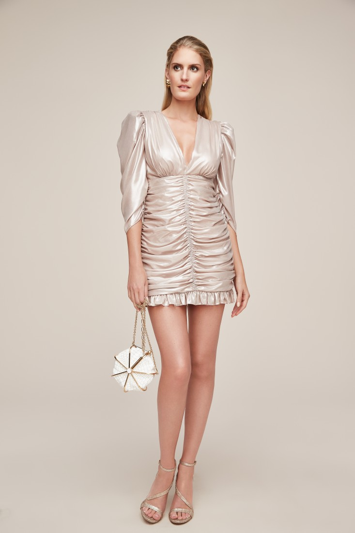 sparkling champagne front lwd anne barge