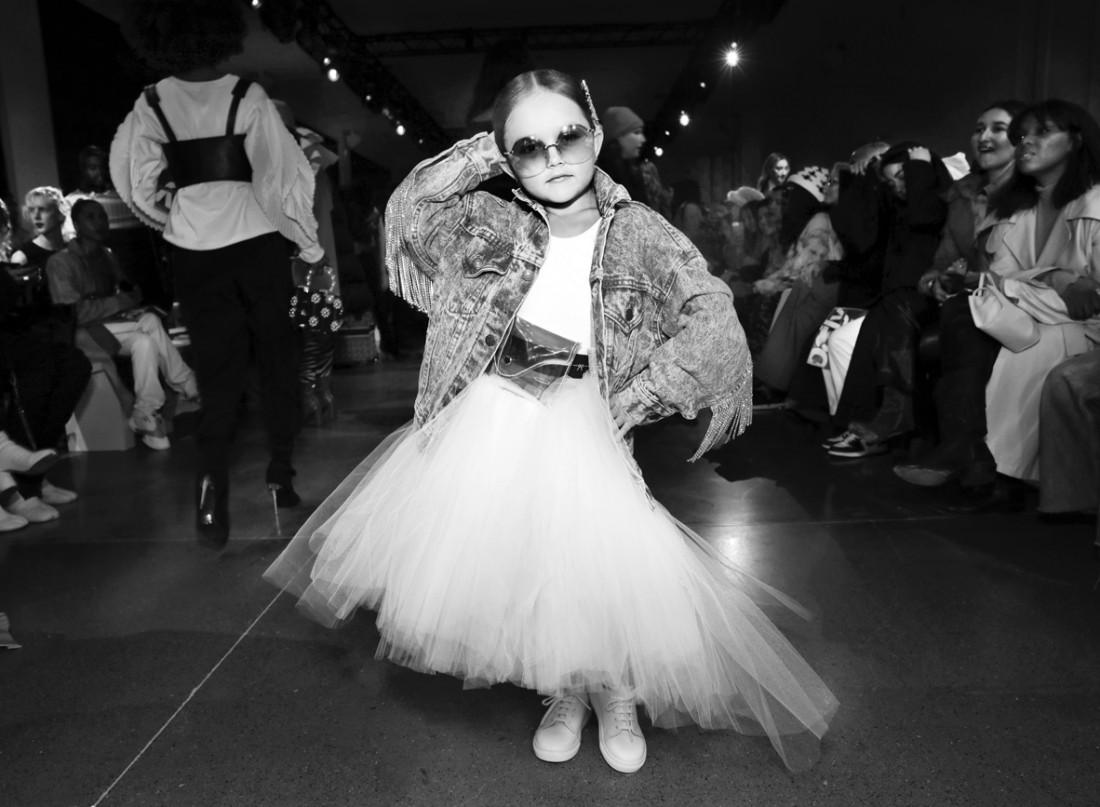 Taylen Biggs @ Kim Shui NYFW FW2020 photo by Cheryl Gorski 34