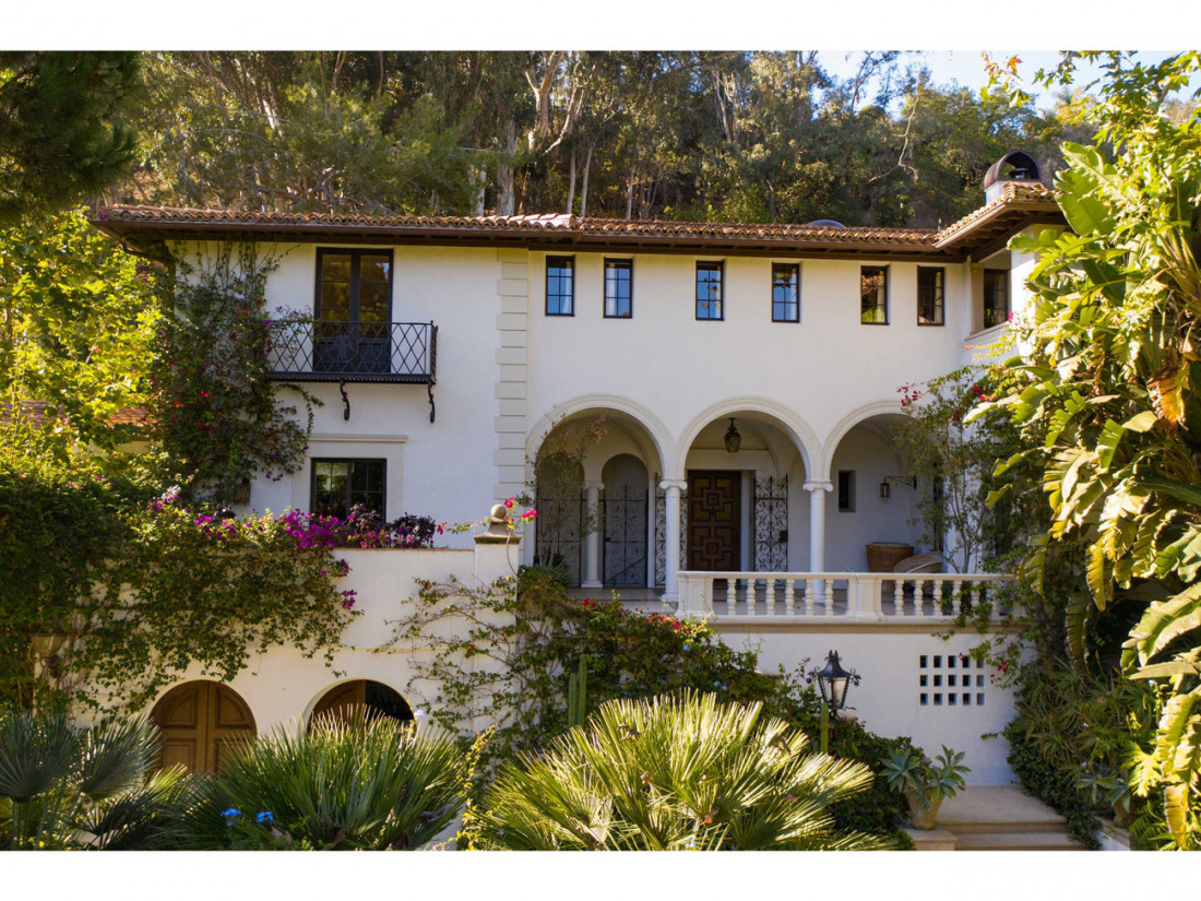 50 Million Mansion Once Home To Fleetwood Mac Built In 1932 Includes Secret Speakeasy 1
