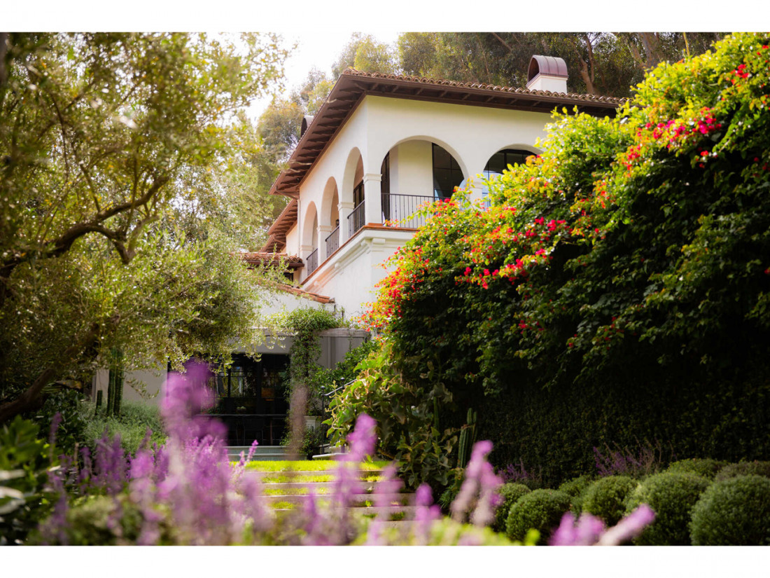 50 Million Mansion Once Home To Fleetwood Mac Built In 1932 Includes Secret Speakeasy 10