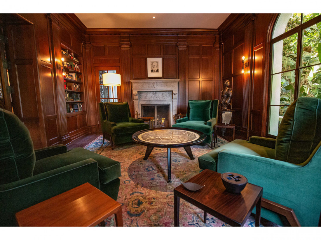 50 Million Mansion Once Home To Fleetwood Mac Built In 1932 Includes Secret Speakeasy 16