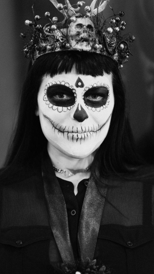 Dia De Los Muertos crown by Eve Steele e1614252785483