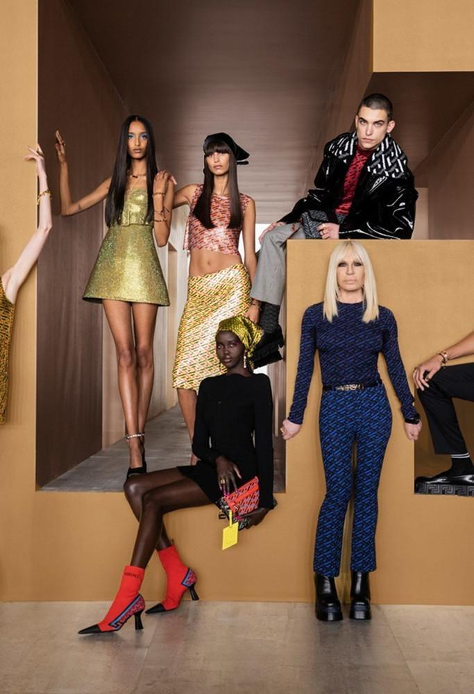 Versace Milan FW2021 image IMAXTree 43
