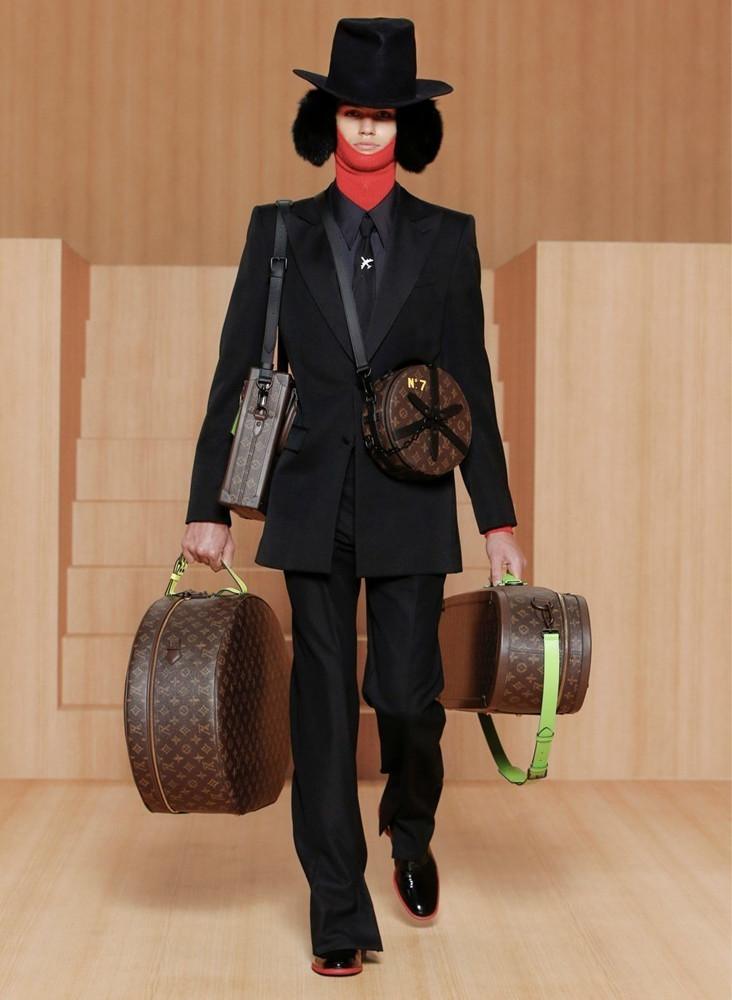 Louis Vuitton Paris SS2022 image IMAXTree 4