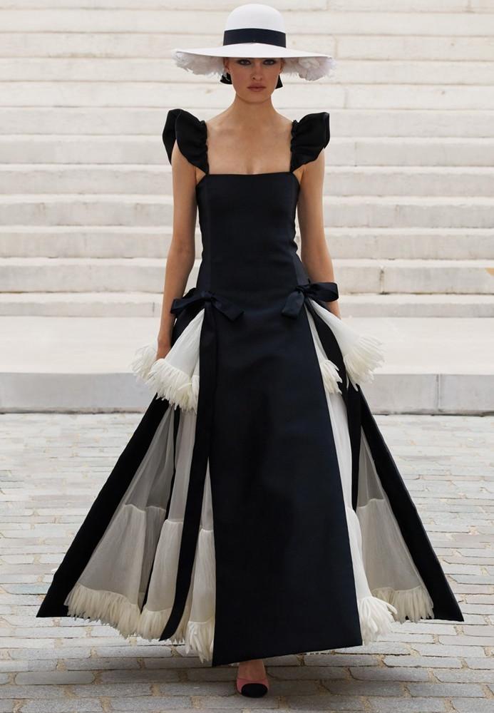 Chanel Paris FW2021 image IMAXTree 34