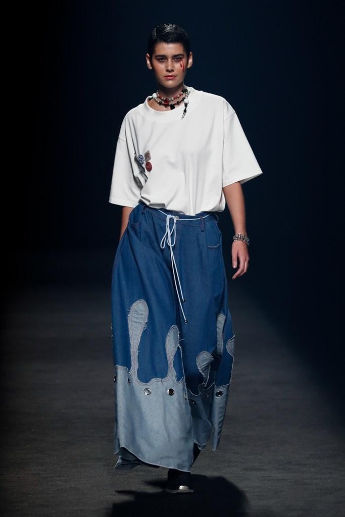 Karont Mercedes Benz Fashion Week Madrid SS2022 image IMAXTree 12