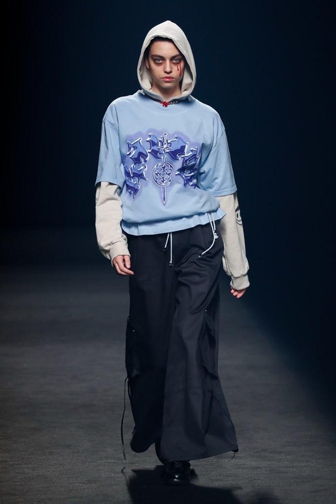 Karont Mercedes Benz Fashion Week Madrid SS2022 image IMAXTree 9