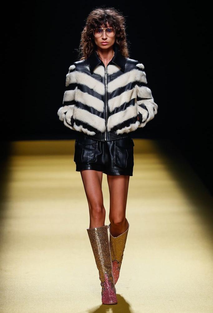 Teresa Helbig Mercedes Benz Fashion Week Madrid SS2022 image IMAXTree 15